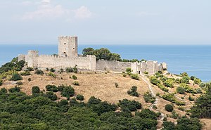 Platamon Castle from SW.jpg