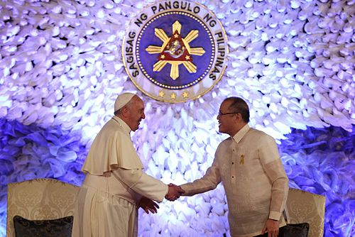 President Aquino and Pope Francis at Malacanang on January 16, 2015. Pope Francis Malacanang 51.jpg