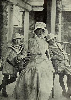 Carol Brooks MacNeil - Mrs. Carol Brooks MacNeil and her two sons