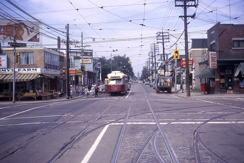 File:Queen and Coxwell Toronto 1968.jpg