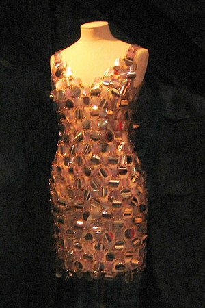 English: Dress by Paco Rabanne, 1967. Worn by ...