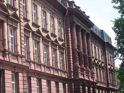 Rabanus-Maurus-Gymnasium.jpg