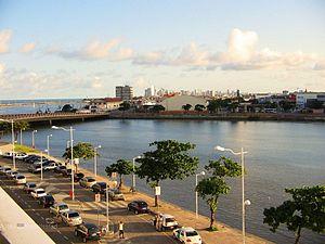 Rio Capibaribe  no Recife