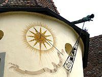 Reichenau Mittelzell - Neuer Konvent 5 Sonnenuhr.jpg