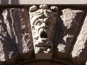 Riksdagen mask 2011e.jpg