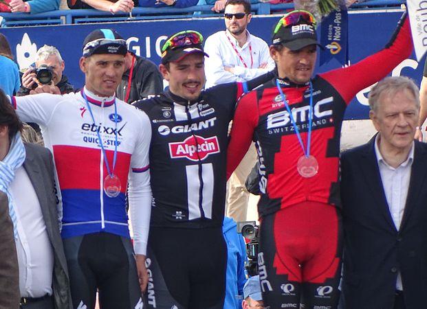 Roubaix - Paris-Roubaix, 12 avril 2015, arrivée (B39).JPG