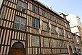 Rouen - Hôtel d'Étancourt façade sud.jpg