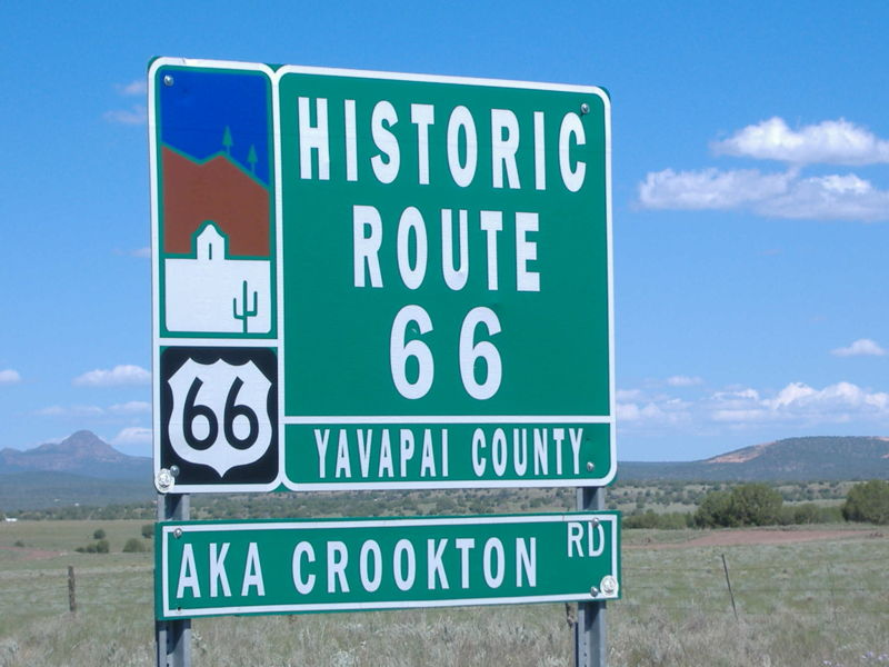 File:Route 66 road signal.JPG