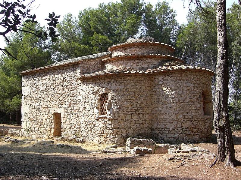 Fichier:Saint-Honorat - chapelle de la Trinité.jpg