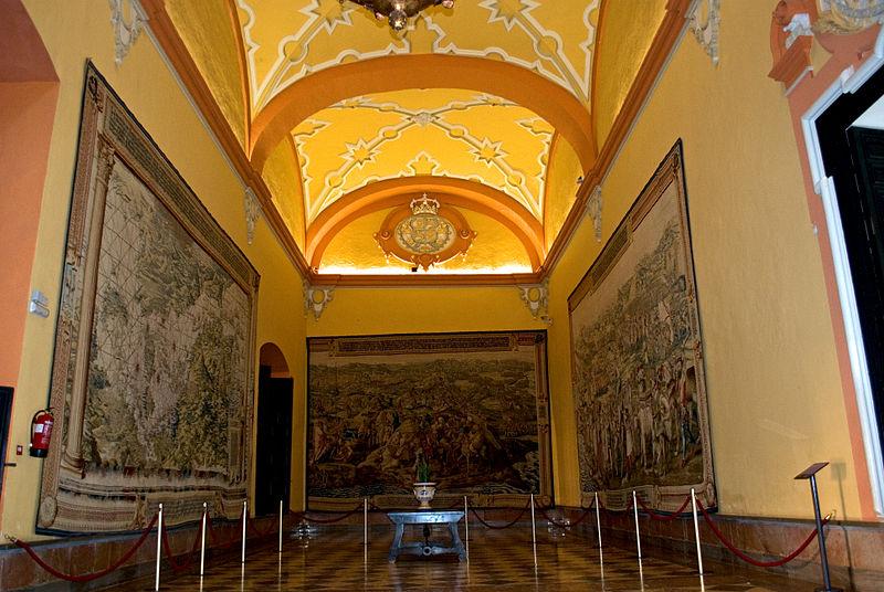 Archivo:Sala de los tapices.jpg