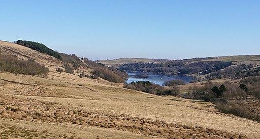 Scammonden Reservoir from Dean Head Dam (4417770814)