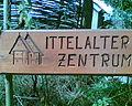 Schild Mittelalterzentrum Nienover.jpg