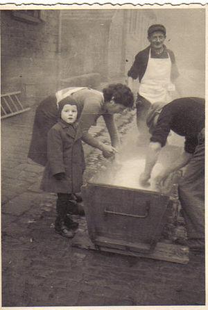 Schlachtfest - Schlachtfest in Fischbach, Kaiserslautern, 1944