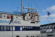 Schleswig-Holstein, Hochdonn, Fähranleger am N-O-Kanal; das Motorschiff Brahe lag dort als Hotelschiff für Wacken Open Air 2015 NIK 5416.jpg