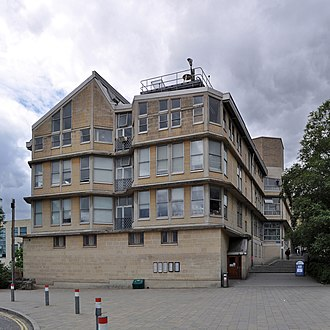 School of Architecture and Building Engineering by Alison and Peter Smithson (1982-88) School of architecture and building engineering Bath university1.jpg