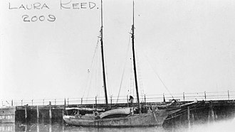 USS Laura Reed (SP-2009) - Laura Reed as a civilian schooner ca. 1917. Her section patrol number, 2009, is written on the photograph.