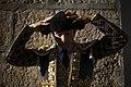 Sebastián Castella calándose la montera en el patio de cuadrillas.jpg