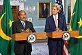 Secretary Kerry and Mauritanian President Abdel Aziz Address Reporters August 2014.jpg