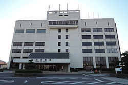 Shiroi city hall 2013.JPG
