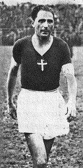 Silvio Piola, leggenda del calcio italiano e centravanti novarese per 7 stagioni.