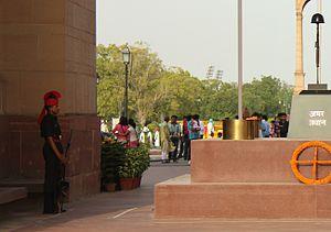 Amar jawan jyoti wikipedia indian army soldier guarding amar jawan jyoti thecheapjerseys Images