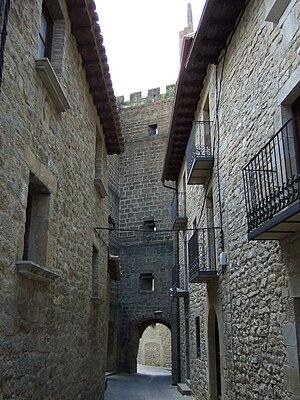 Cinco Villas, Aragon - City-wall gate in Sos del Rey Católico.