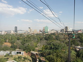 National Zoological Gardens of South Africa - Image: South Africa Pretoria Zoo Cableway 02