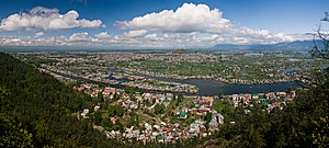Srinagar - View of Srinagar and Dal Lake