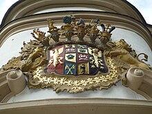 Kaunitz-Rietberger Wappen am Portal der St.-Johannes-Nepomuk-Kapelle in Rietberg (Quelle: Wikimedia)