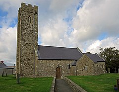St Peters Parish Church, Johnston (geograph 3721181).jpg
