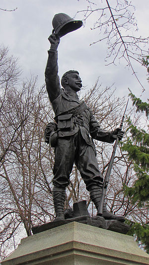Confederation Park - Statue to dead soldiers of the Boer War