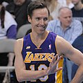 Steve Nash Lakers smiling 2013 (cropped).jpg