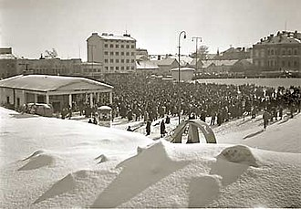Finnish general strike of 1956 - Town square meeting in support of the general strike in Jyväskylä, 1956.