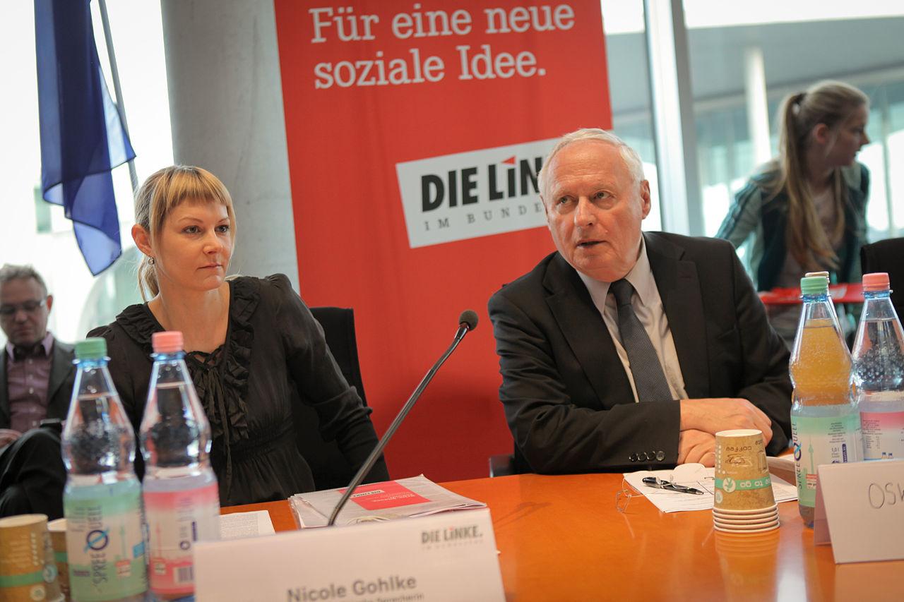 Studierendenkonferenz Krise Bildung Zukunft - Nicole Gohlke und Oskar Lafontaine.jpg