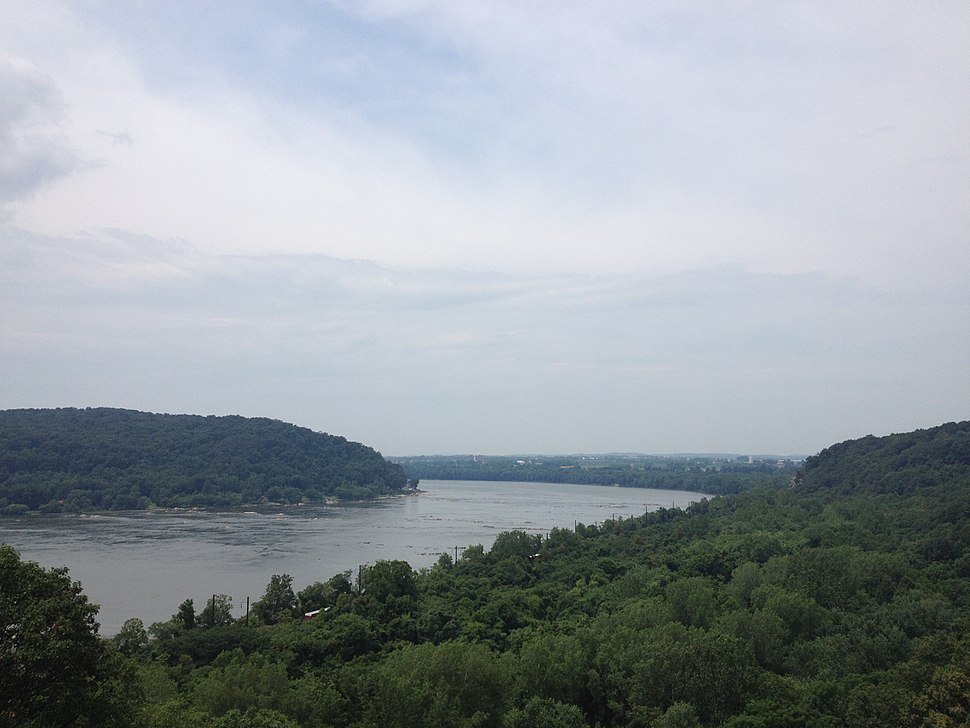 Susquehanna River looking north from Chickies Rock County Park