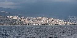 TR Izmir asv2020-02 img36 view of Bayraklı.jpg