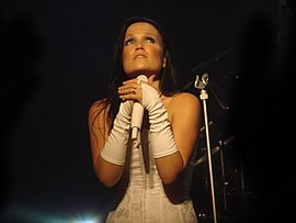 Tarja Turunen at Obras Stadium 2008 07.jpg