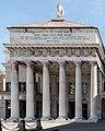 Teatro Carlo Felice - La facciata.jpg