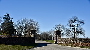 Chariton Cemetery - Main entrance gate and walls (1937)