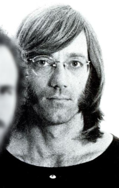 Picture of a band or musician: Ray Manzarek