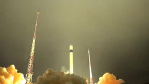 Файл:The Rockot light class carrier rocket launch (2019-12-27).webm