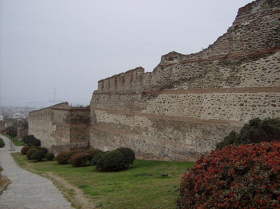 Thessaloniki - byzantine city walls