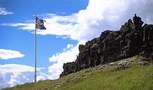 http://upload.wikimedia.org/wikipedia/commons/thumb/e/e8/Thingvellir.jpg/300px-Thingvellir.jpg