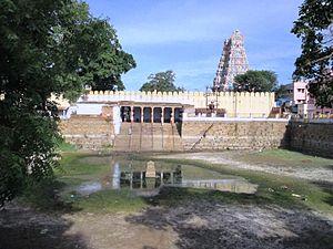 Thirupparamkunram Murugan temple - Image of Saravana Poigai, the temple tank
