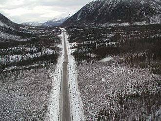 2002 Denali earthquake - Image: Tok Cutoff USGS