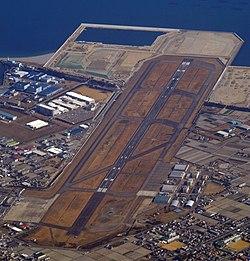 德岛飞行场