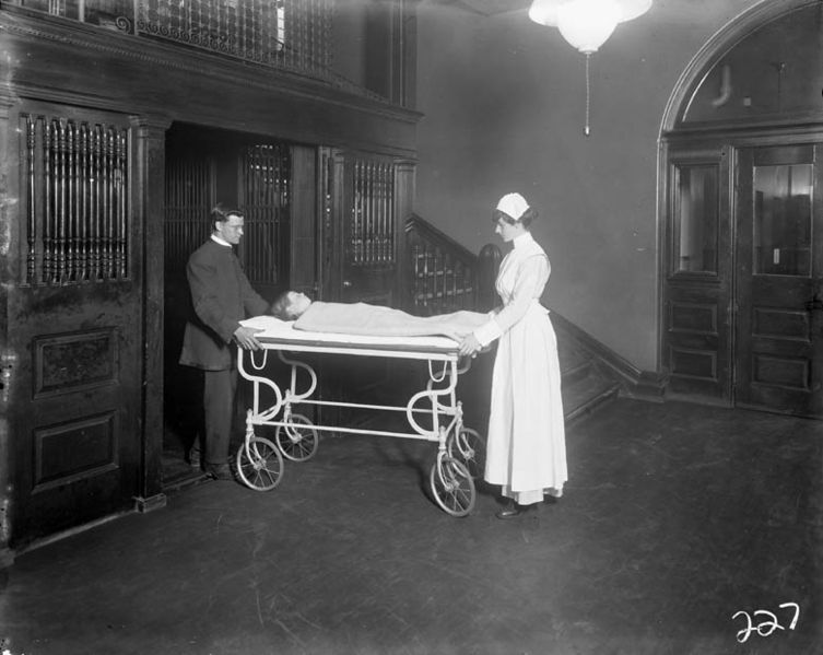 File:Toronto Hospital for Sick Children. c. 1915.jpg
