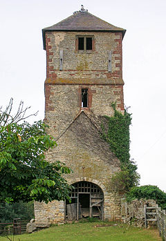 Tower of Church of St Laurence at King's Newnham Warwickshire.jpg