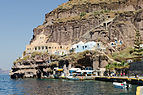 Traditional cave houses at Mesa Gialos - old harbour of Fira - Santorini - Greece - 03.jpg
