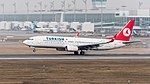Turkish Airlines Boeing 737-8F2 TC-JFC MUC 2015 01.jpg